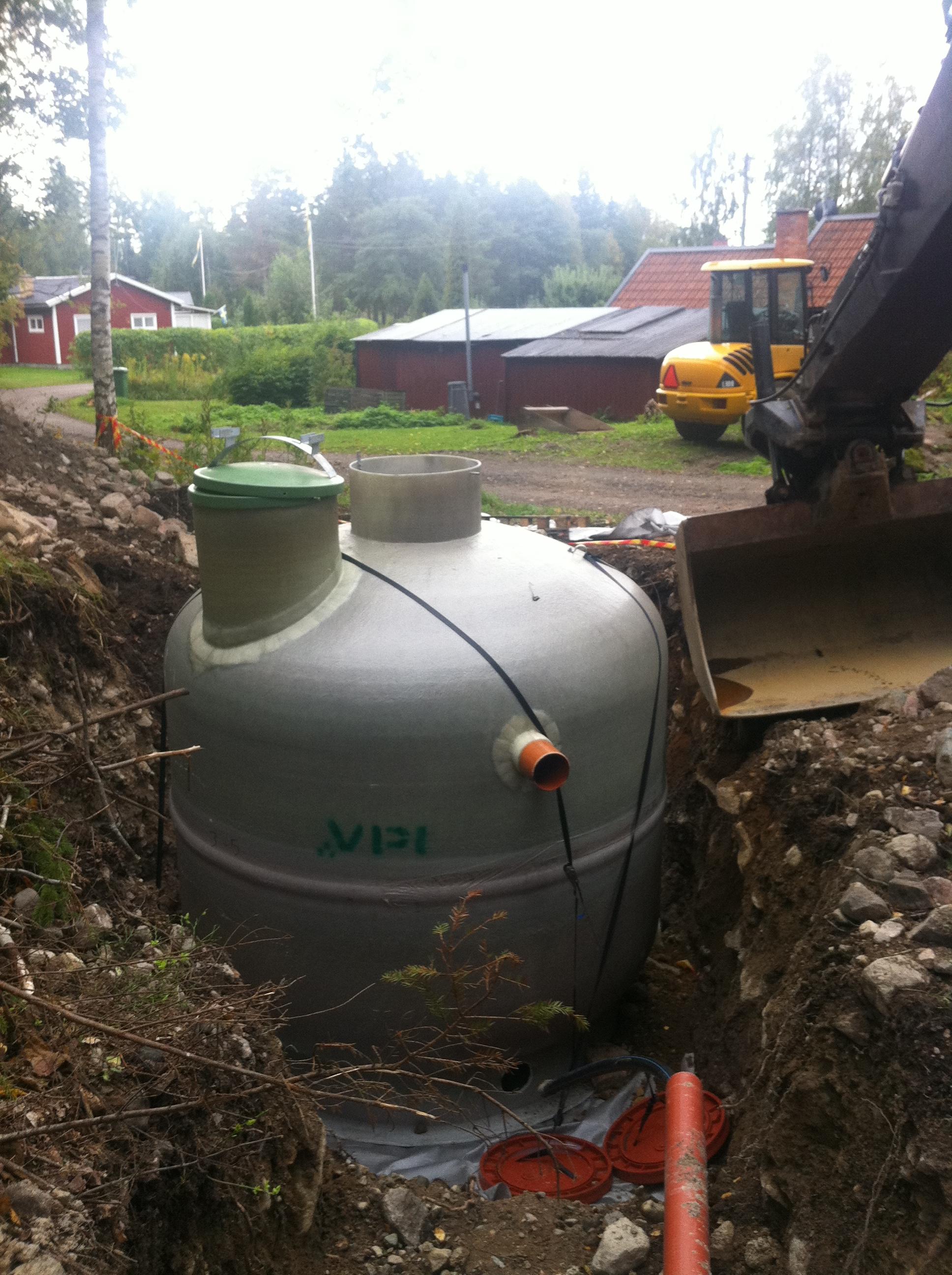 Nyinstallation av gemenstamt Baga reningsverk i Tobo.